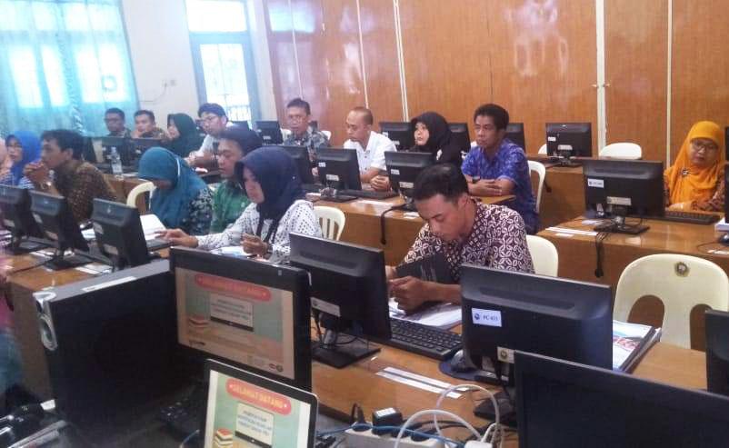 STMIK SiNus LKPP Diponegoro Smart Solution